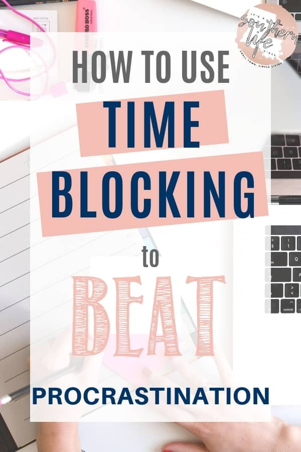Using time blocking to beat procrastination and get stuff done. Block schedule promotes effective time management skills and helps to increase productivity. A great productivity hack and time management tips to help you with life organization.
