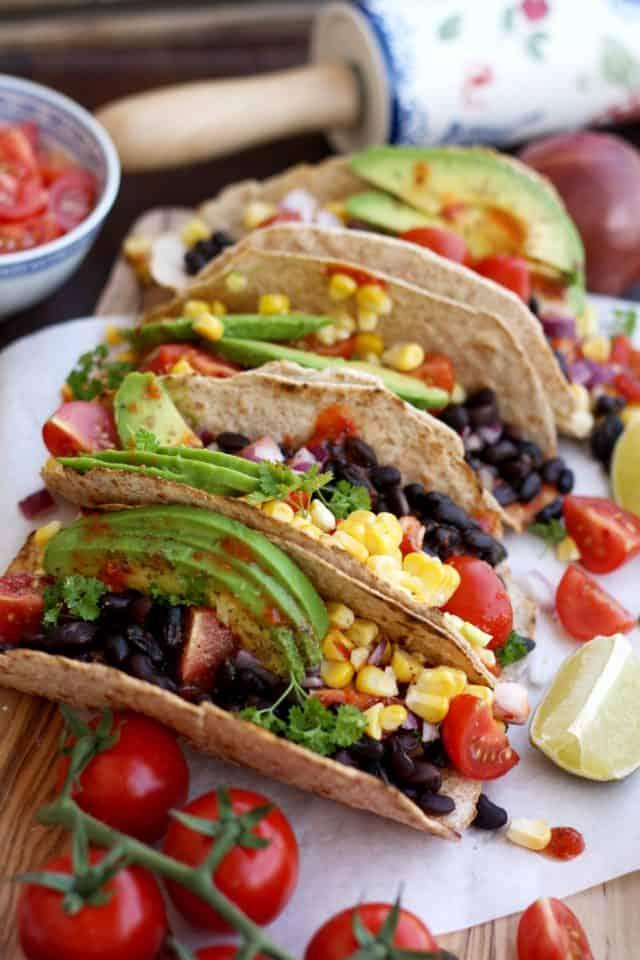 5 Minute Easy Vegan Tacos from Happy Kitchen. Rocks