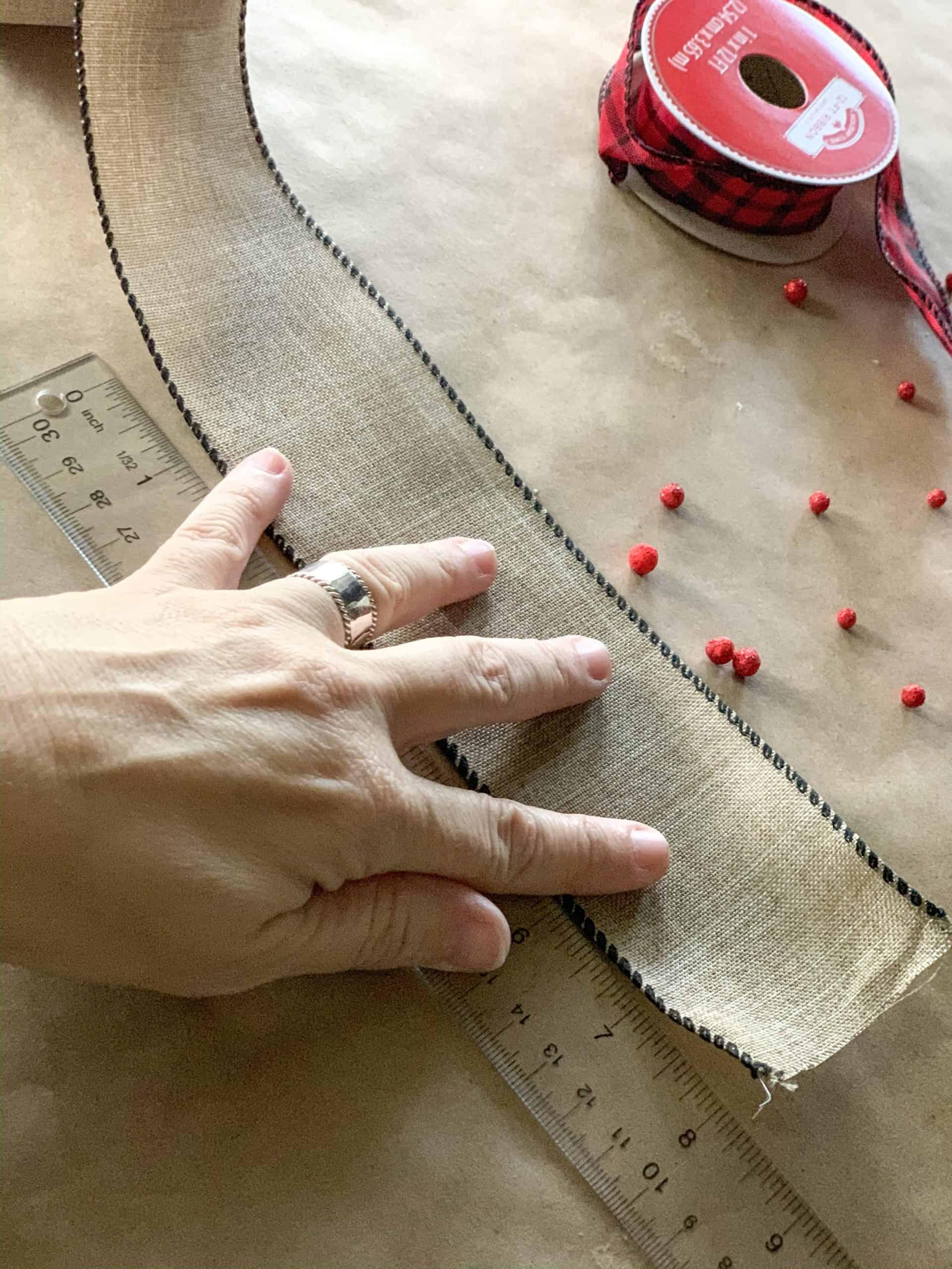 Cut ribbon for ribbon poinsettia diy