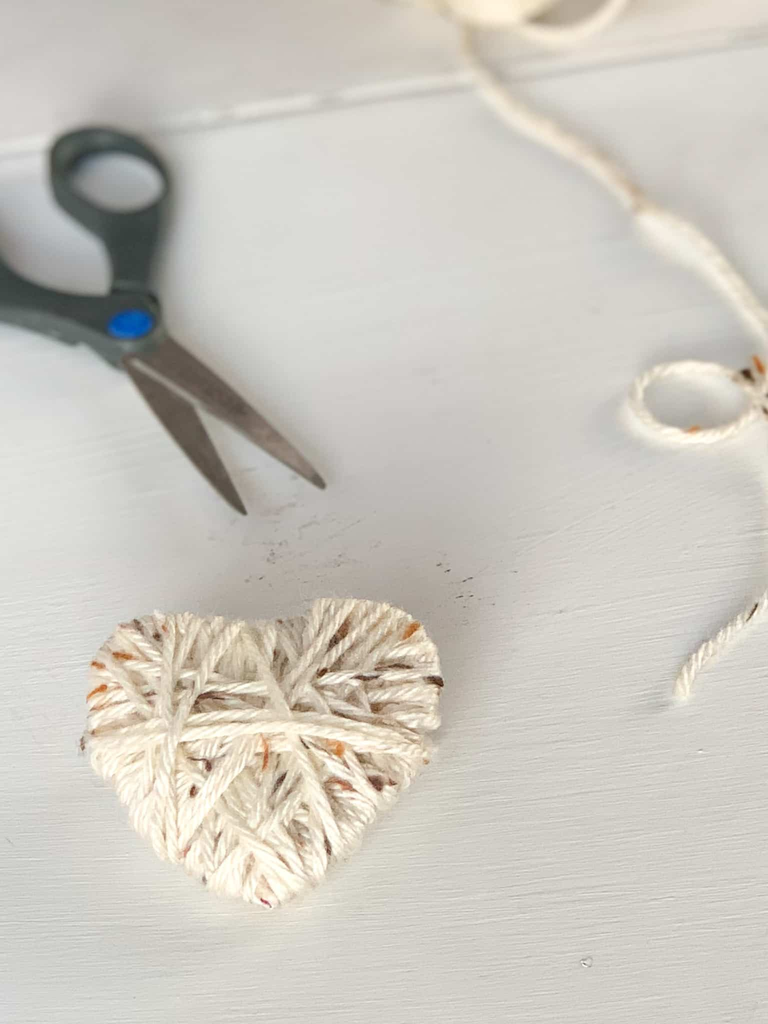 Finished yarn wrapped heart.